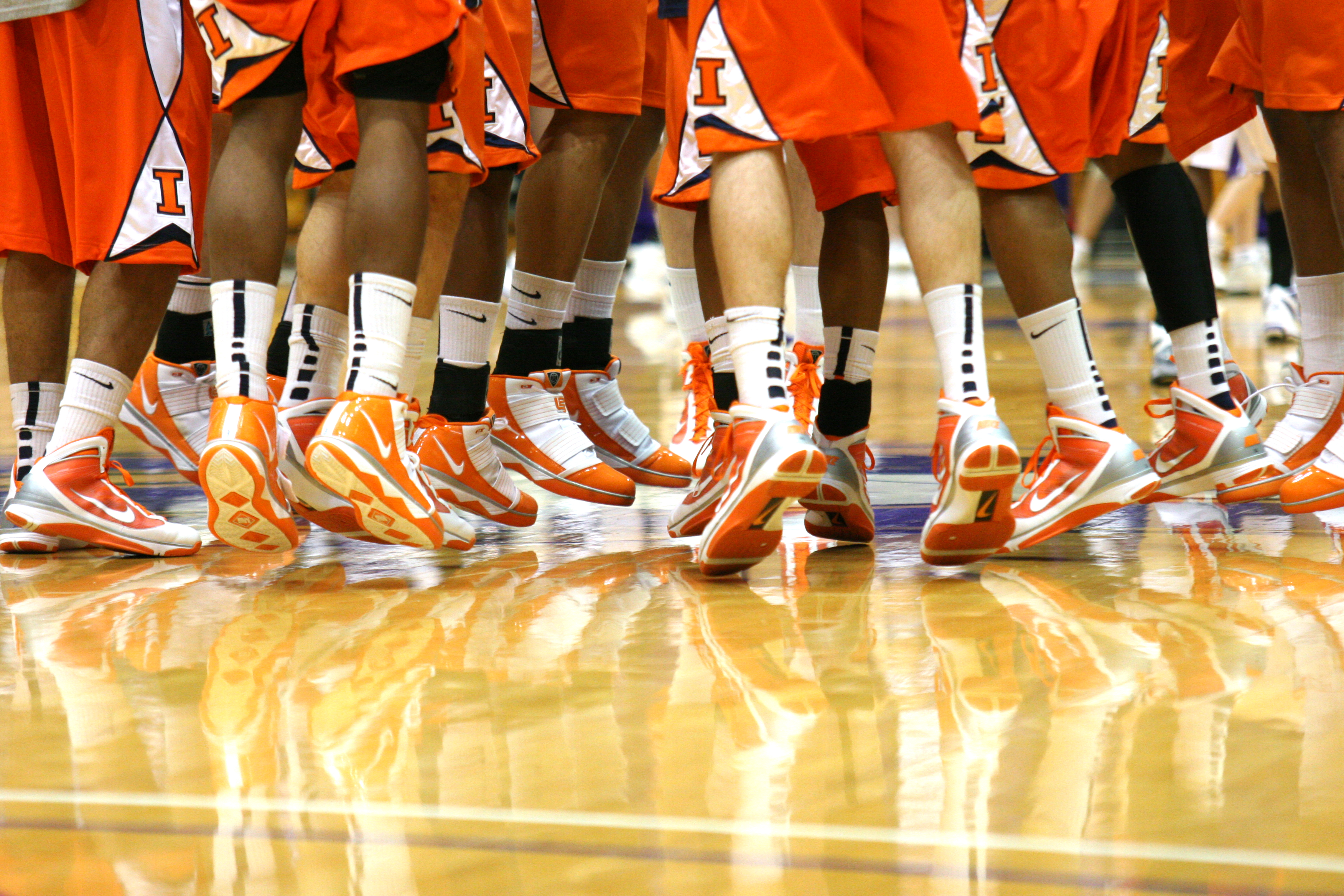 20100123_Illinois_Fighting_Illini_feet