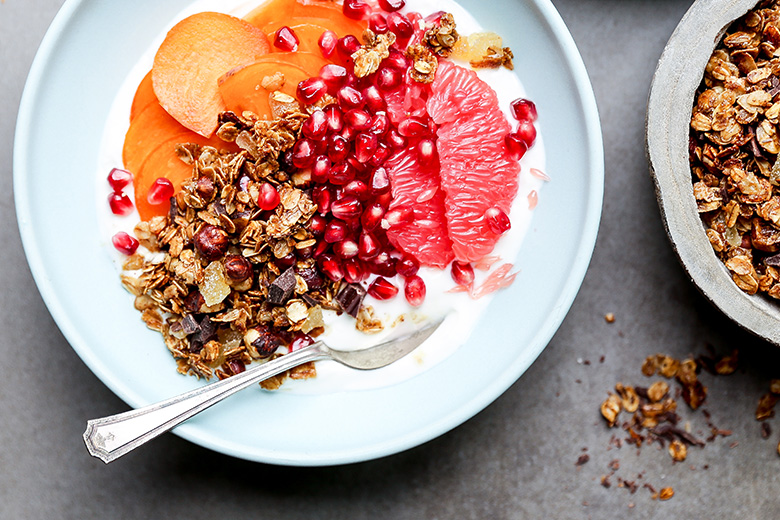 Winter-Fruit-Yogurt-Bowl-Granola-3