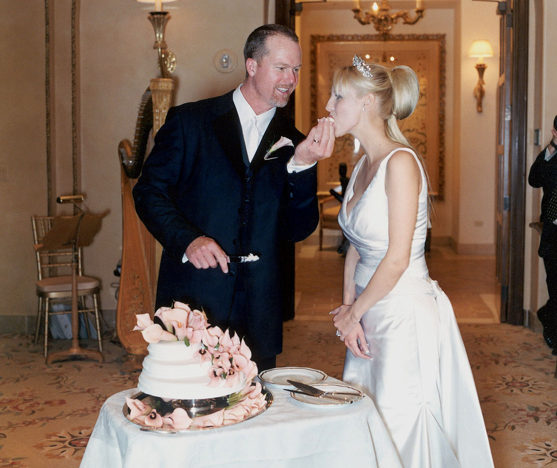 2002-Mark-McGwire-Stephanie-Slemer-wedding