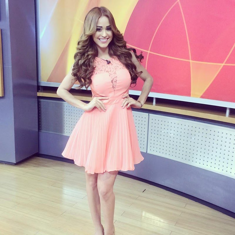 29 Most Amazing Weather Girls - Sportingz