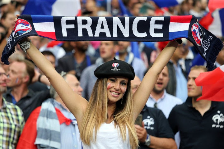 5189920f012 21 Countries With Stunning Soccer Fans - Sportingz
