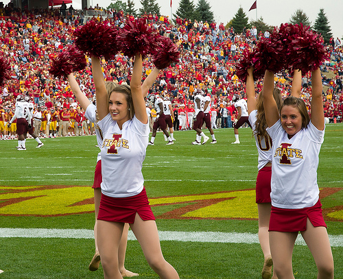 The 21 Hottest Cheerleaders Squads In College Basketball
